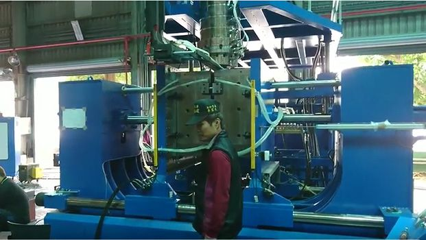 Water Tank blow molding machine 17-030